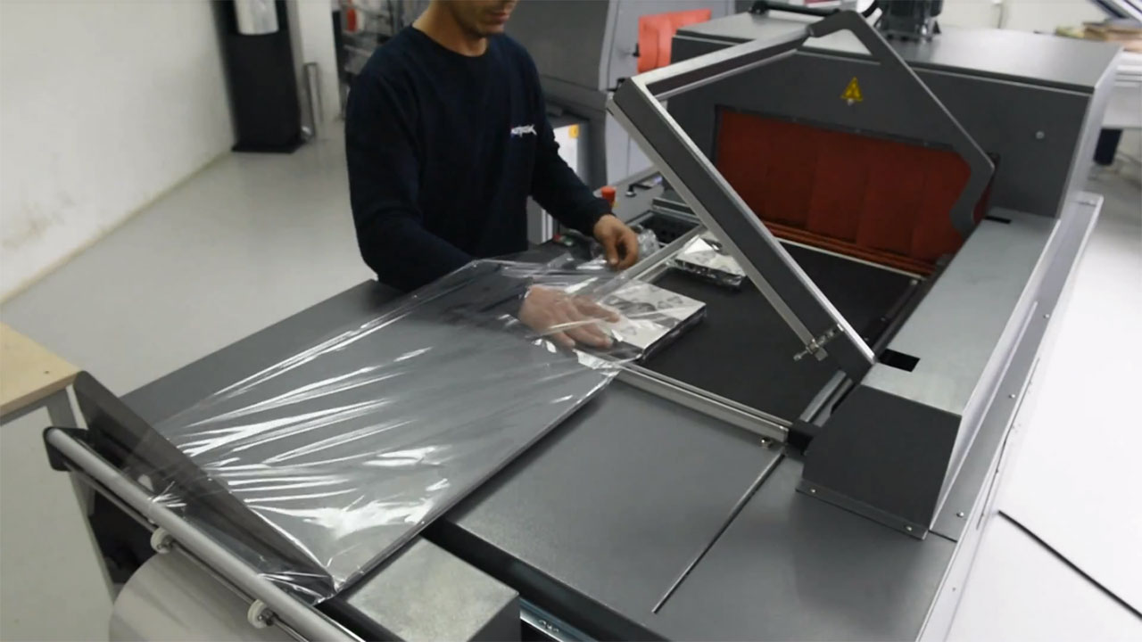TMC, Embalagem retrátil de caixas