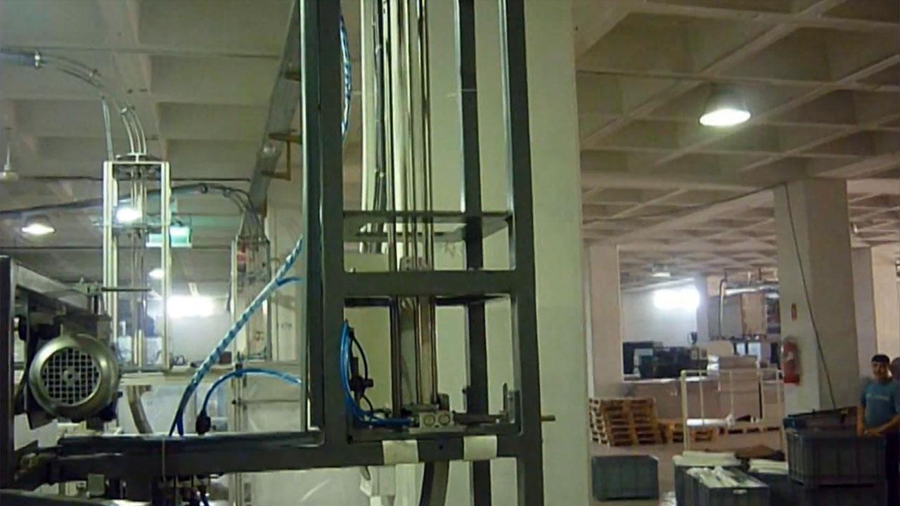 Veriopack 80V, Embalagen retrátil de copos descartáveis
