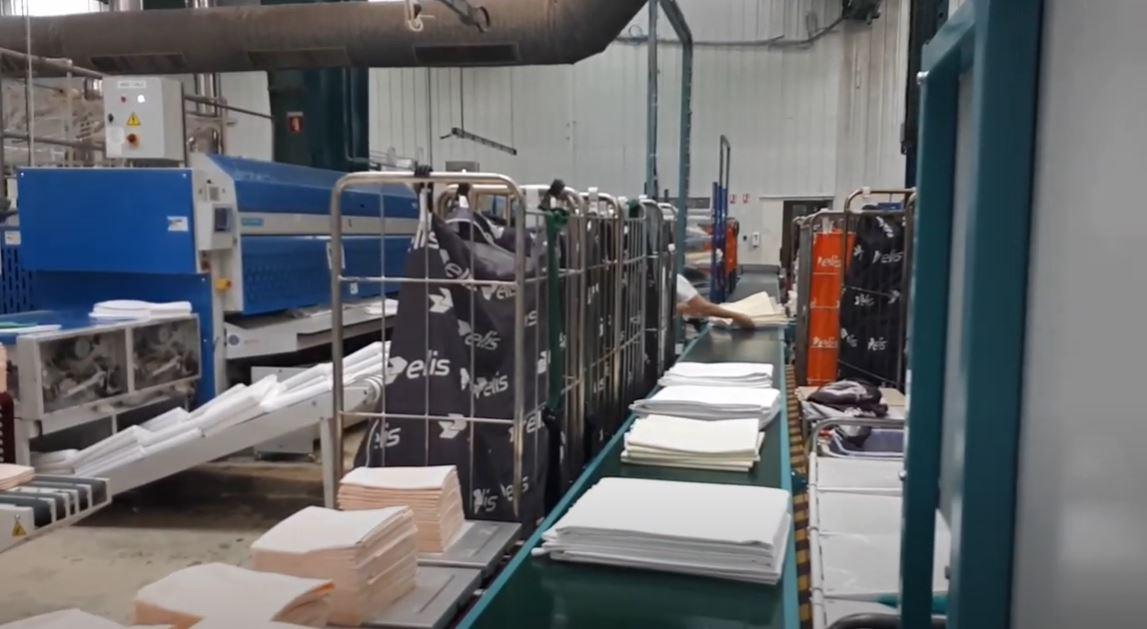 Impack Hybrid Pro – Tekstil Paketleme Makinesi
